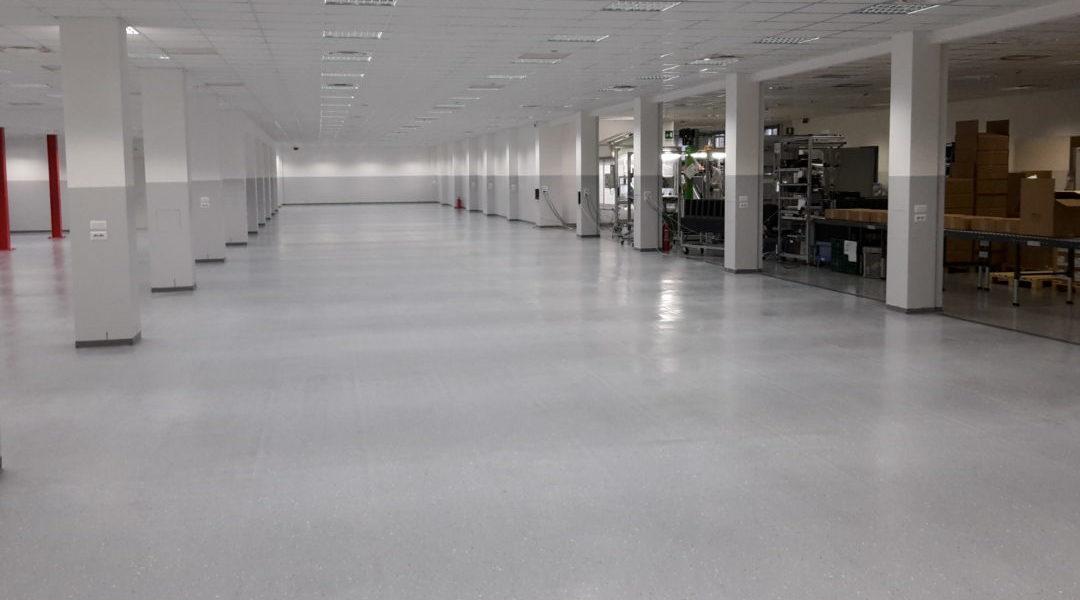 Tinteggiature ecologiche fotocatalitiche in reparti produttivi e uffici presso stabilimento in Saronno